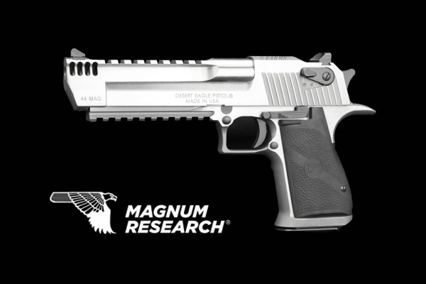DESERT EAGLE XIX STAINLESS INTEGRAL 6 ZOLL .44 MAGNUM ## THE ASCENT OF THE DESERT EAGLE ##