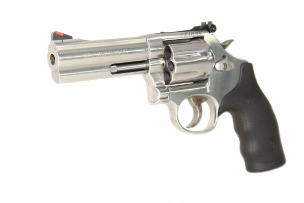 SMITH & WESSON 686 PLUS STS 4''.357 Magnum
