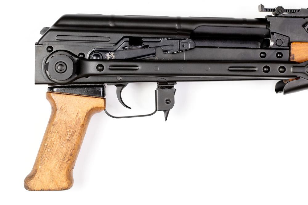 AK-Master-MounT-Enhanced-Safety-Lever-5
